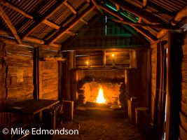 Cascade Hut with inside fire & candlelight