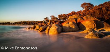 First Light colours Bay of Fires