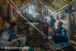 Teddys Hut working bee cooking up a brew